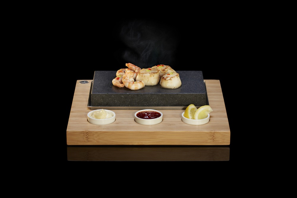 Sizzling Scallops and King Prawns on the SteakStones Starter Set